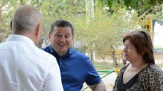 Губернатор Андрей Бочаров утром в субботу проверил благоустройство дворов в Волгограде