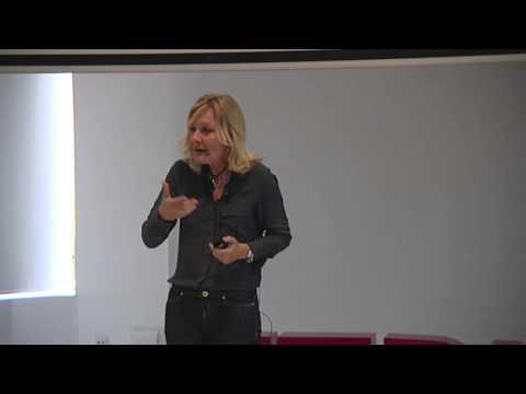 Cómo afrontar los cambios | Pilar Jericó | TEDxGranVia