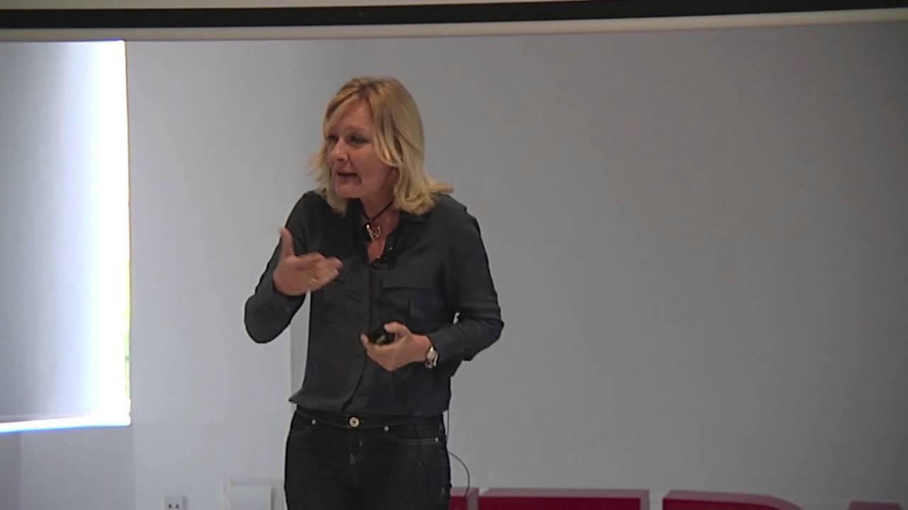 Download Cómo afrontar los cambios | Pilar Jericó | TEDxGranVia