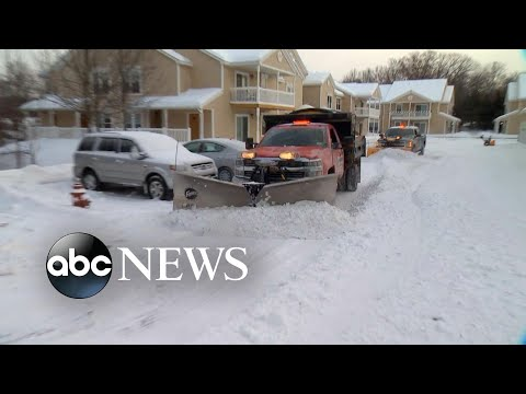 Deadly arctic blast sweeps Northeast