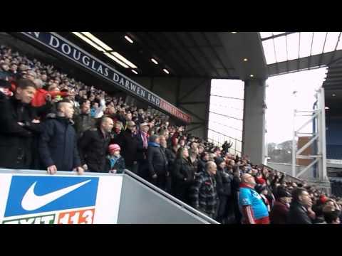 stoke-city-fans-singing-delilah-at-ewood-park