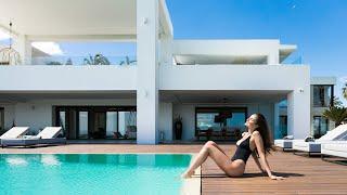 New Ultra Modern Frontline Beach Villa, Marbella | 14.200.000€