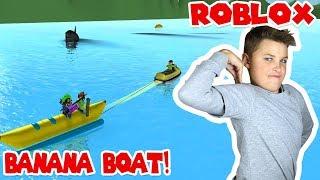 BAITING SHARK WITH BANANA BOAT in ROBLOX SHARKBITE