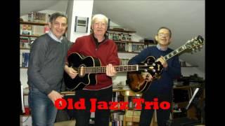 """Ola Jazz Trio esegue """"Venus in Bossa"""" (Robbie van Leeuwen)"""