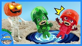 PJ Masks is on the time machine and goes to see Halloween pumpkin ghosts.