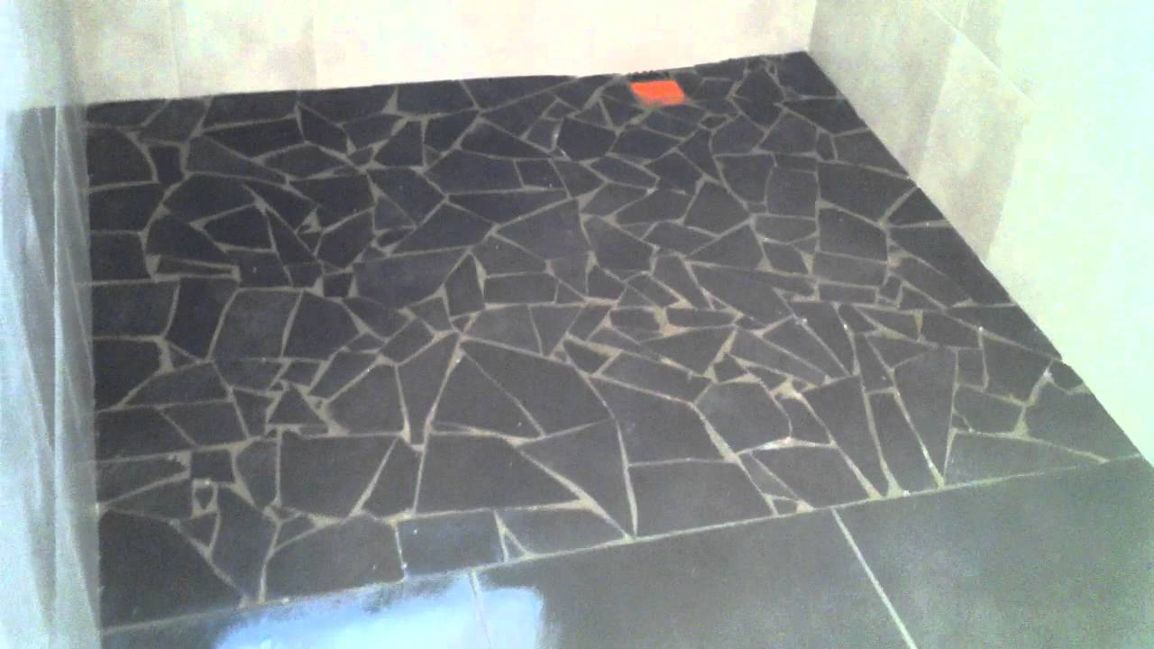 Pose carrelage mosaique sol maison design for Pose carrelage sol