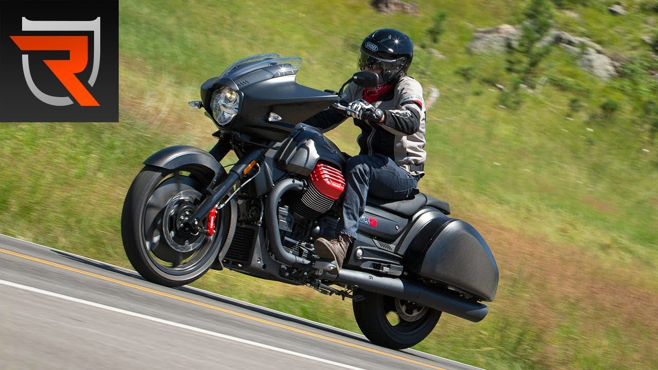 2017 moto guzzi mgx 21 flying fortress motorcycle first. Black Bedroom Furniture Sets. Home Design Ideas