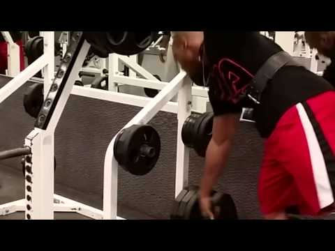 funny-gym-Thug-life-taking-weights