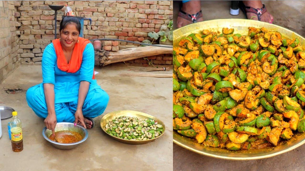 Mango Pickle recipe in Punjabi Style || Aam Ka Achar Banane ka tarika, Punjabi Village Food Cooking