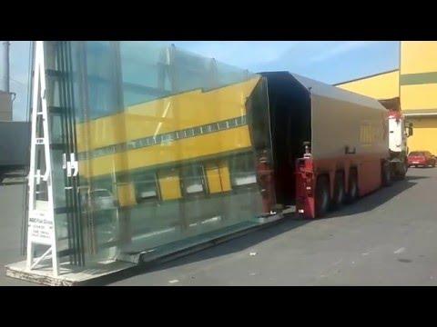 Glass inloader loading  / Как загружается стекловоз