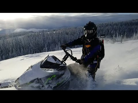 BEST SNOWMOBILE HELMET?!? CKX TITAN HELMET REVIEW