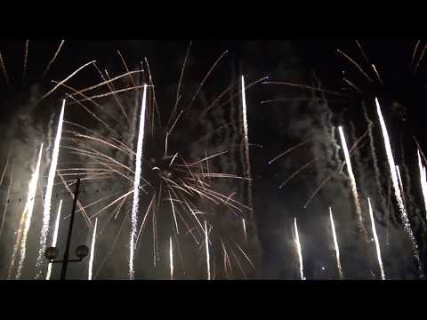 Spectacle Pyromélodique des fêtes de Genève 2015 - La Magie