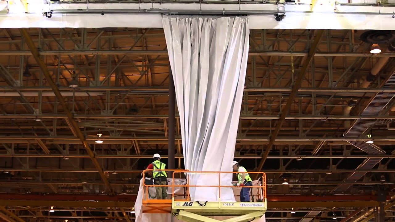 Motorized industrial room dividing curtain Michoud Assembly