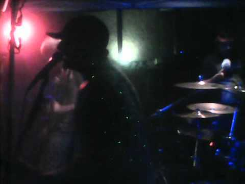 Break The Cycle - That Kid live at Val's Cave (7/25/2012)