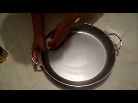 Вопрос: Как прокалить сковороду с антипригарным покрытием?