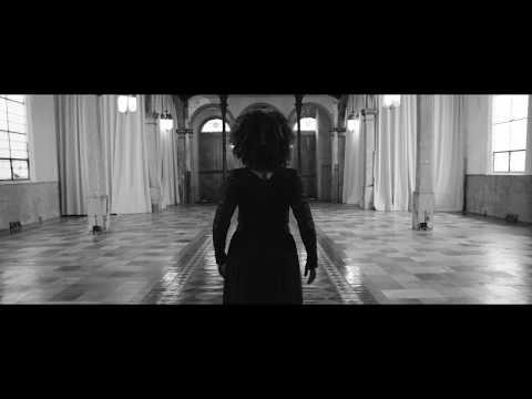 Sweet Crude - Mon Esprit (Official Video)