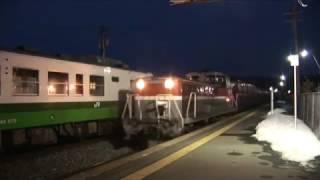 キハ40の2連で運行された、直通快速の石巻送り込み回送列車が、貨物列車...