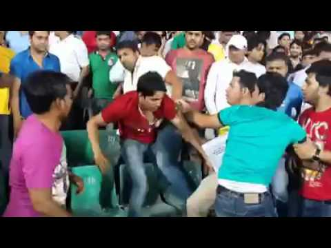 Ugly fight between Delhi Daredevils and Kings XI Punjab fans