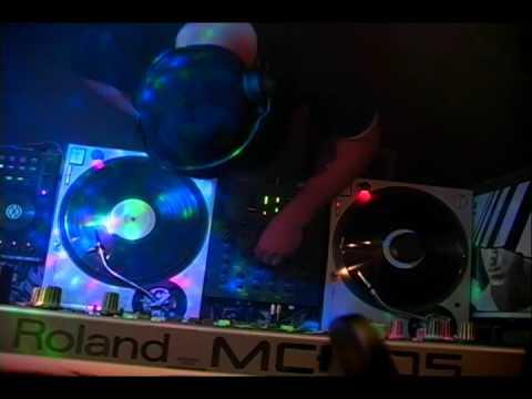 Cxuplture dj set at Thee Haus Ov Where? Gallery Darkwave Danceparty