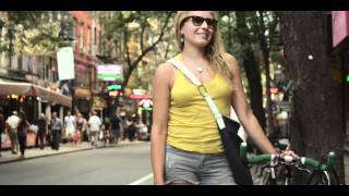 Shoulder Bag Street Scene.mov Thumbnail
