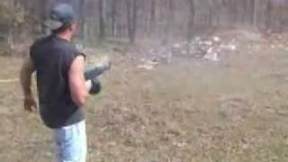 AK-74 горит, но стреляет/AK-74 burns, but shoots