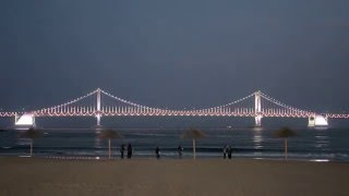 Gwangalli Beach 광안리해수욕장  - Gwangandaegyo Bridge 부산 광안대교  Busan , Korea