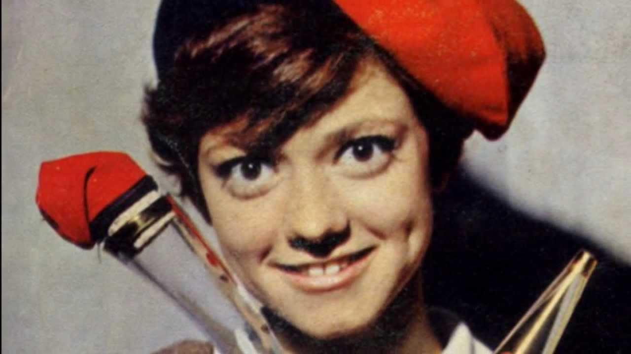 Rita Pavone Datemi Un Martello 1964 Hd Youtube