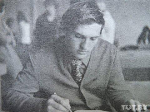 Лукашенко в молодости. Редкие фотографии из личного архива.