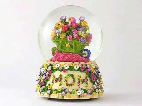 Musical Mom's Floral Snow Globe