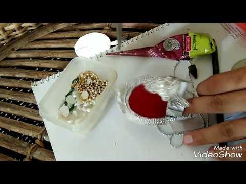 How to make a mukut using aluminium foil.