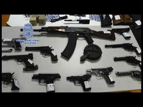 Intervienen en Vigo y Lugo más de 60 armas de fuego