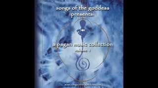 Play Goddess Of The Hunter Moon