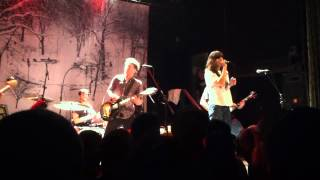 Superchunk (w/ Eleanor Friedberger) - Oh Oh I Love Her So (Ramones Cover)