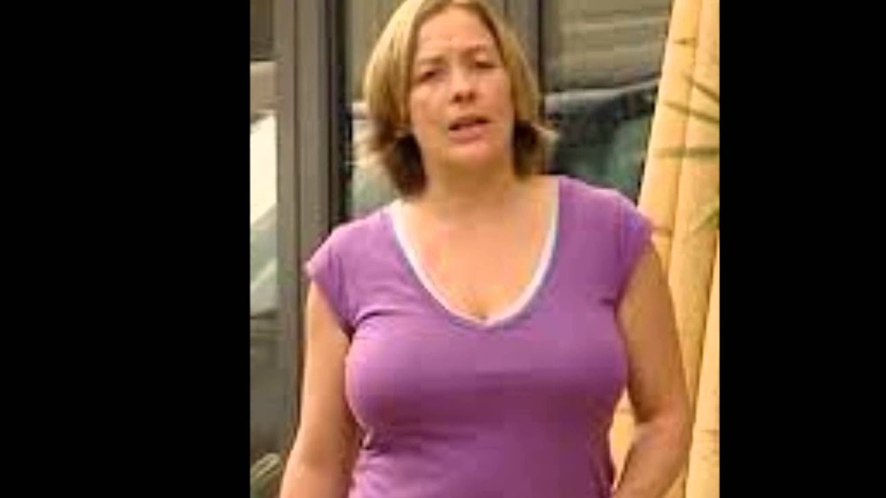 Sarah beeny nipples and huge tits 2