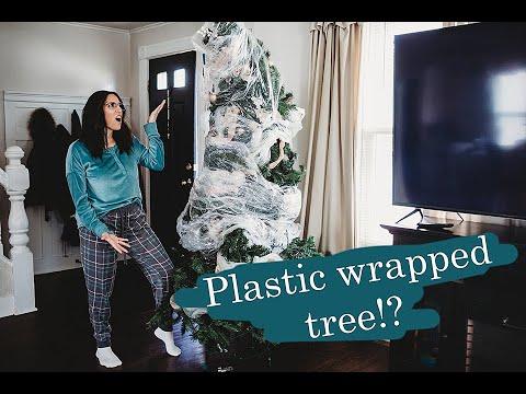 DECORATE W/ ME!    Living room Christmas Tree    Dollar Tree