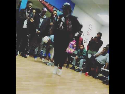 QUEEN P THE BRAND Beat Ya Feet Freestyle