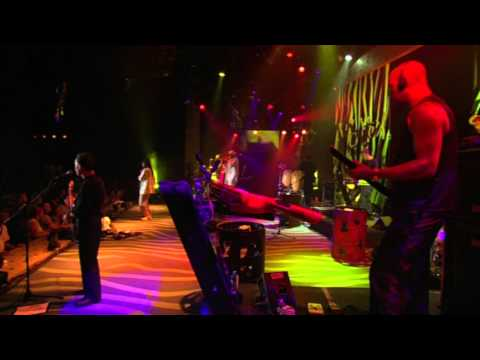 Wear You To The Ball (Live) (HD) - UB40