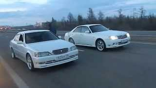 Nissan gloria VQ30DET 6mt vs toyota cresta 1jz-gte at (china turbo)