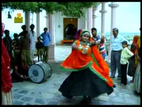 Rajasthani Songs   Chal kamla chal ....
