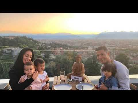 Cristiano Ronaldo - Family Wife Kids -