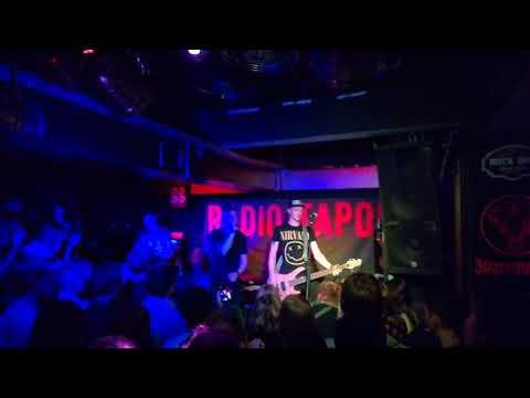 Клип RADIO TAPOK - Enter Sandman (Metallica на русском)