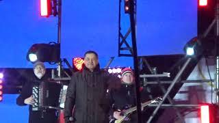 Смотреть видео Любэ(Митинг-концерт Россия-Севастополь-Крым) онлайн
