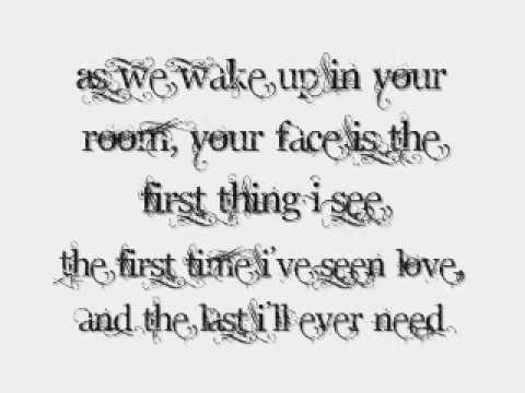 Pierce The Veil - Kissing In Cars lyrics ♥