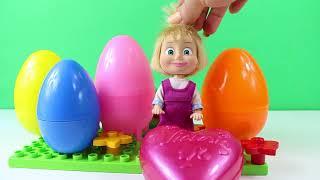 Maşa Arkadaşlarına Renkli Sürpriz Yumurtalar Dağıtıyor Çizgi filmler