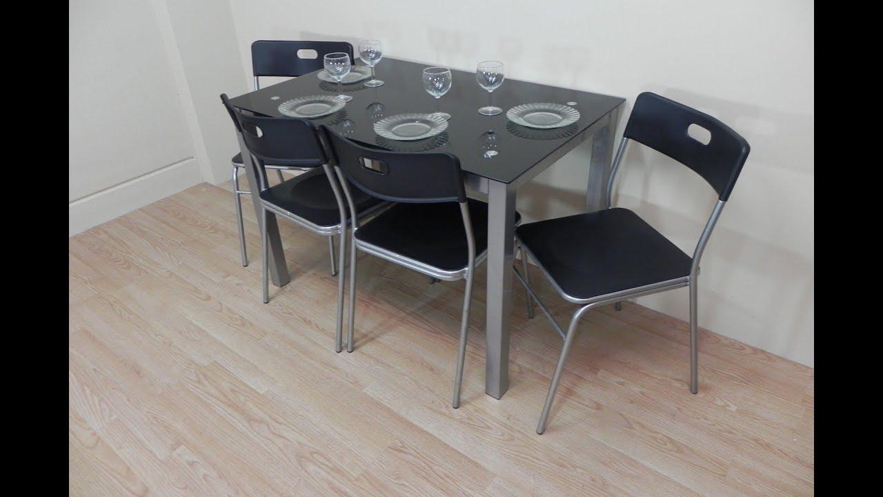 Lote de mesa de cocina con 4 sillas apilables, todo en color negro ...