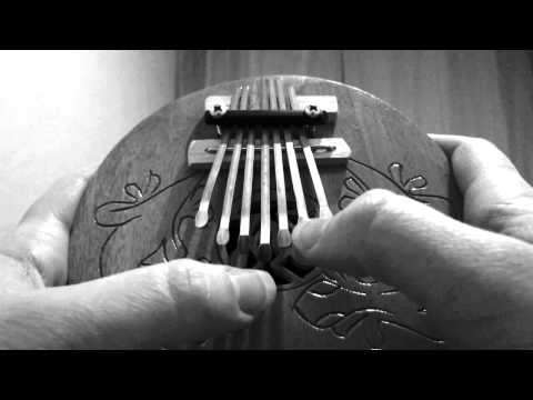 First time playing my 7 note kalimba / thumb piano / mbira tuned in c-mixolydian