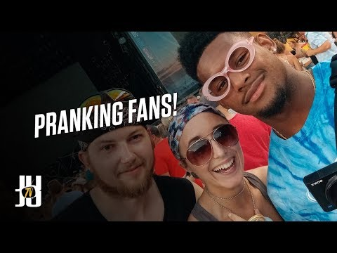 JuJu Exposes Fake Country Fans!! | Kenny Chesney Concert