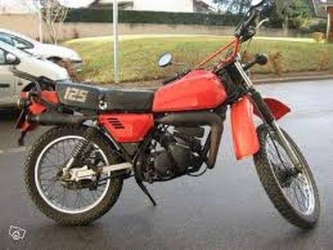 fast biker on an old motorcycle 125 kawasaki ke k1 youtube. Black Bedroom Furniture Sets. Home Design Ideas