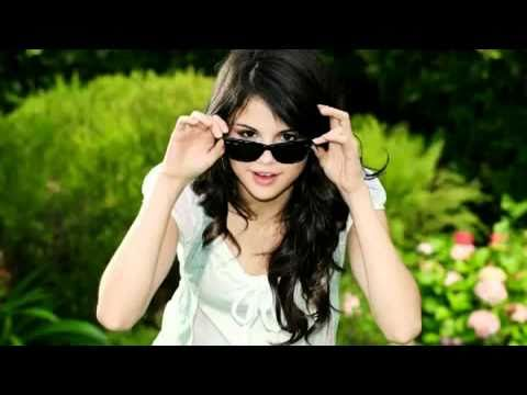 Selena GomezDisappearmusic