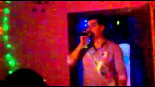 дружок на свадьбе поет песню группы